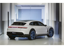 Concept Study Mission E Cross Turismo