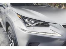Nya Lexus NX 300h