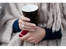 Foto: Kaffedrickande gäst