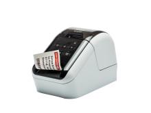 Brother QL810W-etikettitulostimessa on langaton verkkoliitäntä (Wi-Fi) ja integroitu ohjelmisto, minkä ansiosta tarrojen suunnittelu ja tulostus sujuu käden käänteessä.