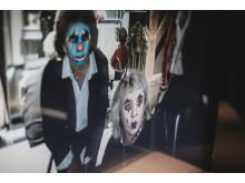 Den digitala sminkspegeln i utställningen På scen