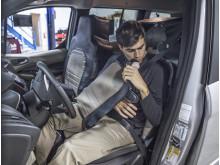 """""""Undercover-Test"""" im Straßenverkehr mit innovativem Tarnanzug"""
