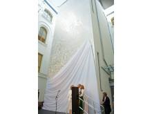 Kunstverket av Olav Christopher Jenssen blir avduket.