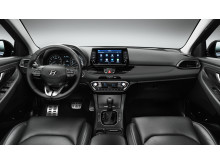 hyundai_i30_interior_2_black