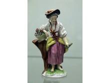 """Ausstellung """"DELFT PORCELAIN. Europäische Fayencen"""" - Frau mit Blumenkorb (Niderviller / nach 1780)"""