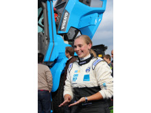Karin Olsson - världens snabbaste hjullastarförare