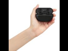 WF-SP800N_case_with_hand_LED-off_BK-Large