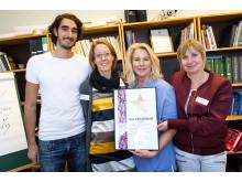Medarbetare på SESAM Danderyd får utmärkelsen Guldstjärnan för sitt professionella bemötande av HBTQ-personer