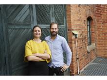 IoT-poddens programledare Paulina Modlitba Söderlund och Fredrik Karlsson.