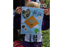 18 maj 2011 - Baklängesmarsch i Taberg med Zillah & Totte