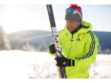 Skimarathon-Spezialist Toni Escher als Guide für das Winterabenteuer Stoneman Miriquidi on Snow