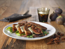 Ribbesandwich med fiken og brente mandler