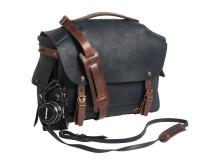 ACCESSORIES_Arles_BDC_Camera Bag L__Product_011