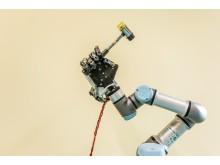Przykład zastosowania dłoni robotycznej i UR3