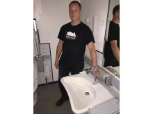 Teknisk ansvarlig Michael Fredskov, Musholm, med hansgrohe Logis 210 håndvaskarmatur