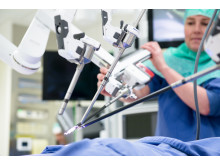 Robotassisterad titthålskirurgi