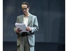 Lars Brygmann i rollen som Victor Andreasen