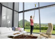 Rengjøring av store og høye vinduer
