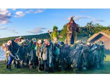 Malerische Kulisse: Theater am See beim Peer Gynt Festival