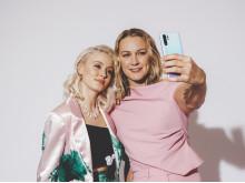 Zara och Sara selfie
