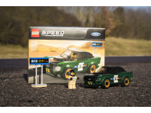 032_DG_Ford_Speed_Champions_Lego_