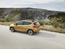 FORD_FIESTA_ACTIVE_34_REAR_DRIVING