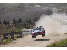 Hyundai Motorsport segrade i Rally de Portugal.