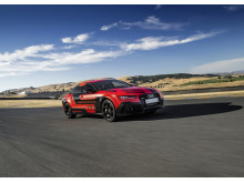 Audi RS 7 piloted driving concept (2015 Robby) right side front dynamic