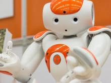 Roboten Jonson kommer till ForskarFredag på Stadsbiblioteket i Halmstad.