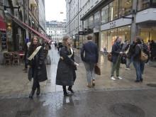 Regnig shoppingkväll