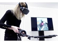 User tester Frida Falck tries the IKEA VR Pancake Kitchen