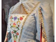 Detalj av kostym Et Folkesagn Drottning Margrethe II
