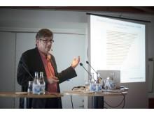 """""""Hög förskrivning av biosimilars och generika ger utrymme för nya läkemedel"""", säger docent Nils Wilking"""