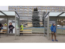 Väderskydd, bänkar och reklamvitrin, Krakow