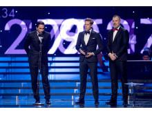 Årets lag blev Tre Kronor, ishockey och priset togs emot av Joel Lundqvist, Viktor Fasth och Rikard Grönborg