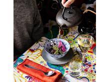 Japansk buljong serveras i Tesalongen
