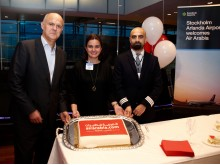 Celebration of the new non-stop service