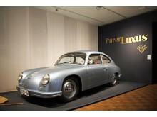 In Handarbeit nachgebauter Porsche 356 im Zeitgeschichtlichen Forum Leipzig