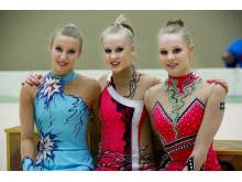 Till VM i rytmisk gymnastik 2013: fr v: Nastja Johansson, Jennifer och Cassandra Pettersson
