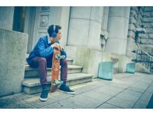 Sony_MDR-XB550AP_Blau_Lifestyle_01