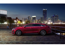 Kia ProCeed side