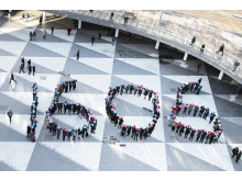 Kvinnor jobbar gratis från 16:06 - manifestation på Sergels torg