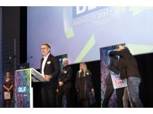 Jørgen Nielsen holder takketale ved prisoverrækkelsen i DLF