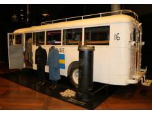 """Nationalmuseets hvide bus vises i udstillingen """"De Hvide Busser"""""""
