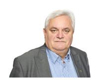 Generalsekretær Peter Batta i Huseiernes Landsforbund mener Bjørn Rune Gjelsten bør stoppes.