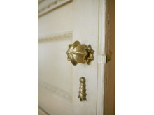 Vacker dörrknopp som återfinns i Rosendalbågen modell 2640