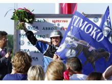 En glad Björn Goop efter segern med Timoko i Elitloppet 2014