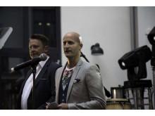 Robert Holan, hotelldirektør, ønsker velkommen sammen med Øystein Landvik i UNION Eiendomskapital.