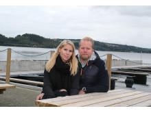 Varonica og Magnus får Mjøsa og båtbrygga som nærmeste nabo.