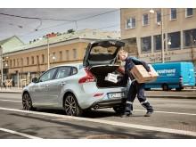 Nu lanserar eleven Volvo In-car Delivery – som första skönhetsaktör på marknaden!